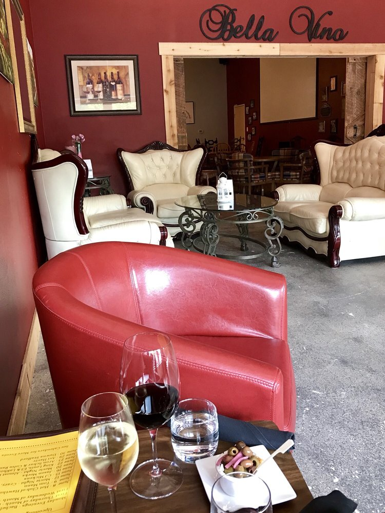 Salud! Wine Bar, Event Room & Wine Storage: 224 NE 3rd Ave, Camas, WA