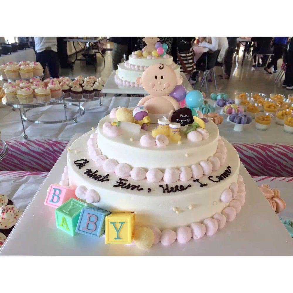 Paris Baby Shower Cake: Customized Baby Shower Cake :)
