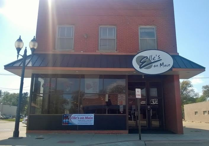 Elle's on Main: 1103 Main Ave, Crete, NE