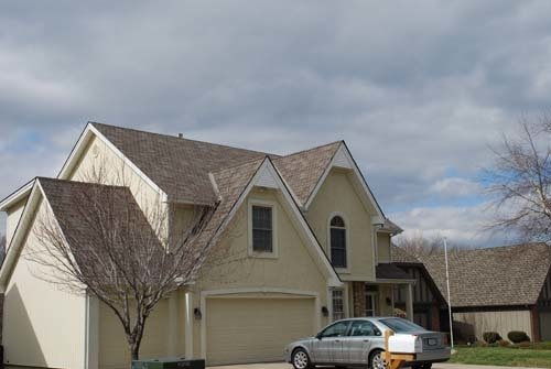 Acord Roofing: 9225 NW 63rd St, Parkville, MO