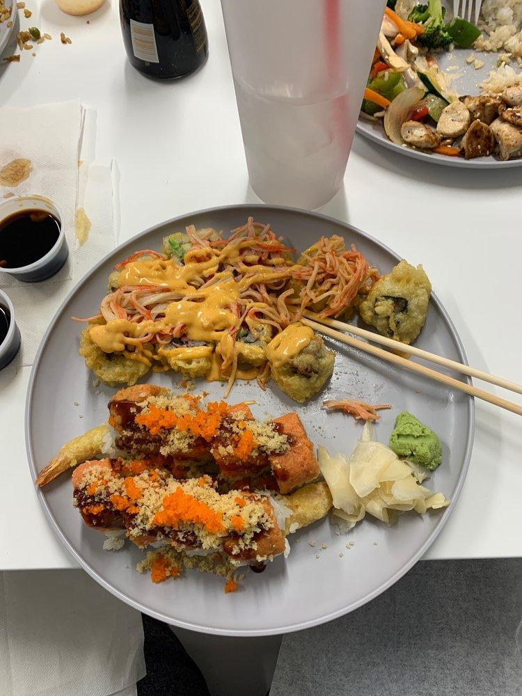 Sushi Shack: 2345 Locust Hill Rd, Greer, SC