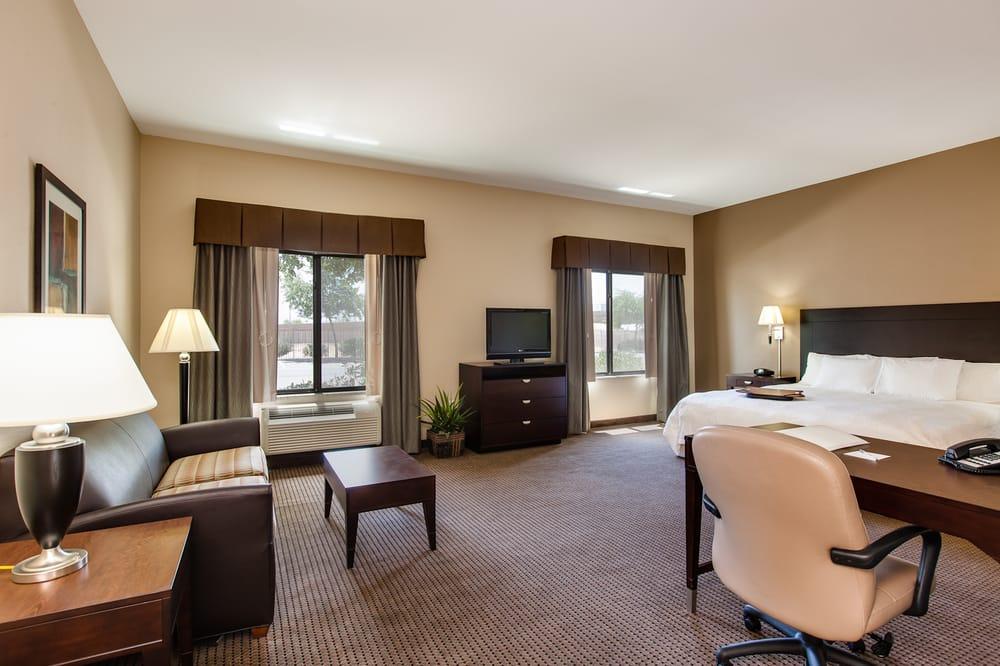 Hampton Inn & Suites Phoenix Glendale/Westgate City Center