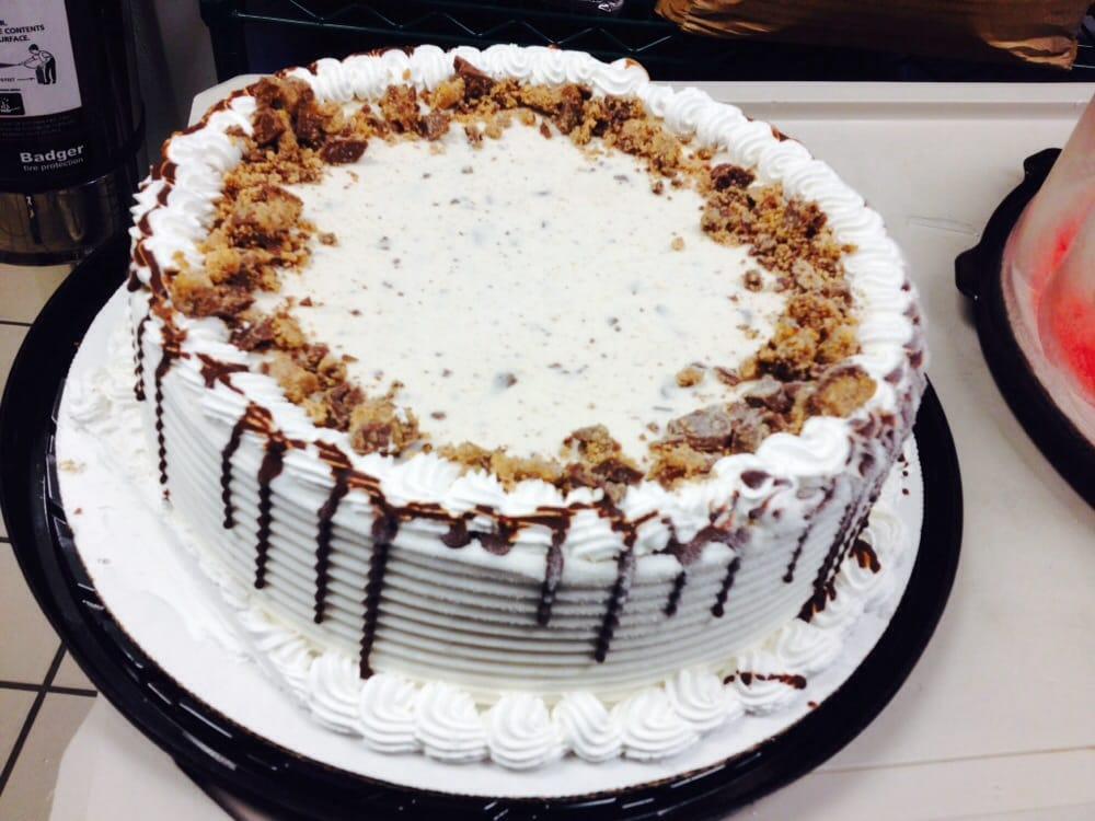Butterfinger ice cream cake dairy queen for Best queen cake recipe