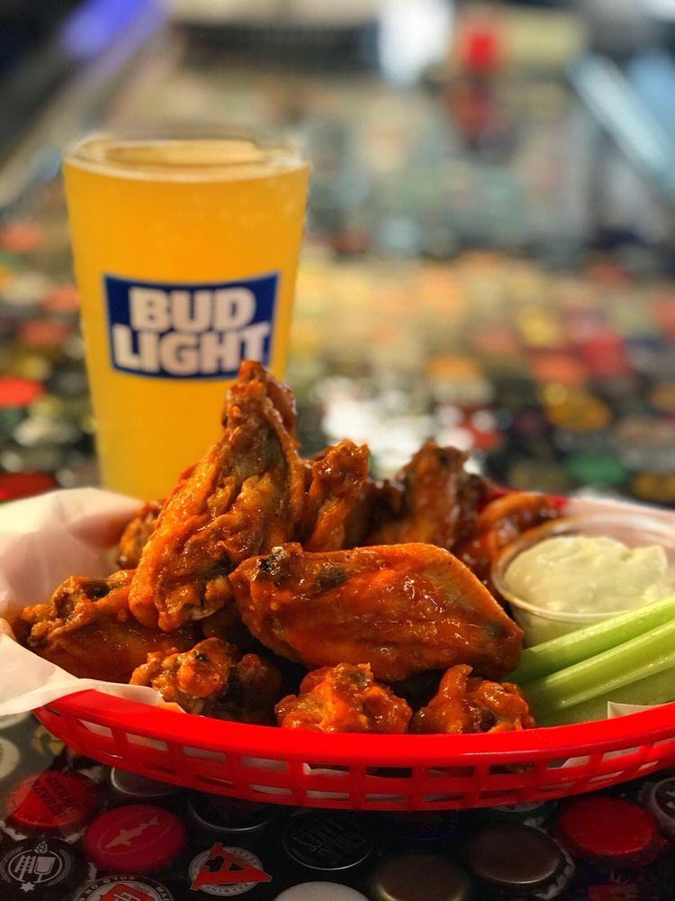 Nic's Hometown Tavern: 180 Rt 36, West Keansburg, NJ