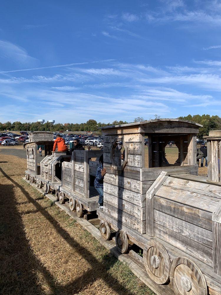 Montpelier Farms: 1720 N Crain Hwy, Upper Marlboro, MD