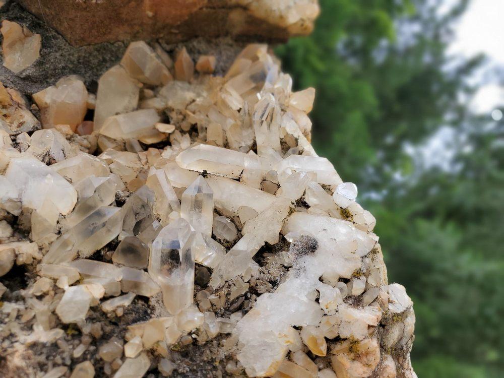 Wegner Quartz Crystal Mines: 82 Wegner Ranch Rd, Mount Ida, AR