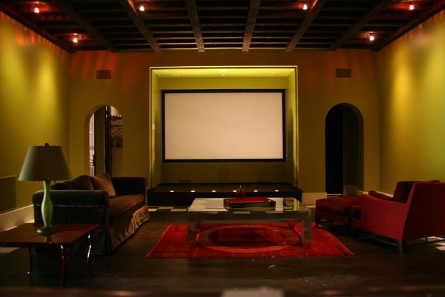Dedicated Home Theater, Projector, Screen, Speakers, Media ...