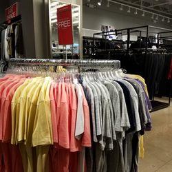 Levi s Outlet Store - Men s Clothing - 1650 Premium Outlet Blvd 45f5b1646bb