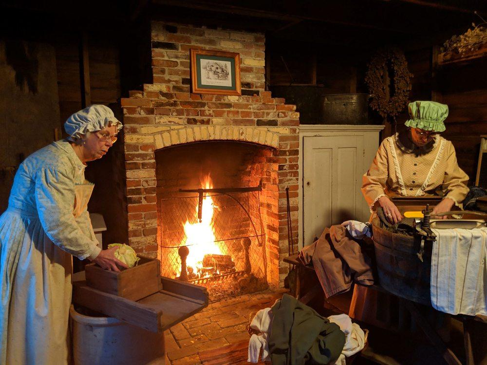 Old Aurora Colony Museum: 15018 2nd St NE, Aurora, OR