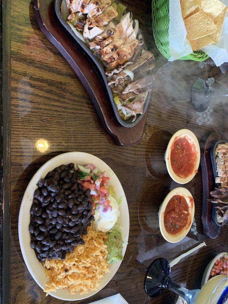 Garcia's Restaurant: 480 Campbellsville Byp, Campbellsville, KY