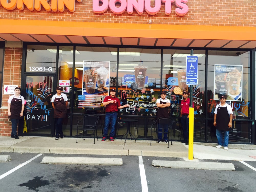 """dunkin donuts and dominos pizza training for quality and hustle Read dunkin' donuts and domino's pizza: training for quality and hustle"""" and answer the following questionsintegrity is one of the core values."""