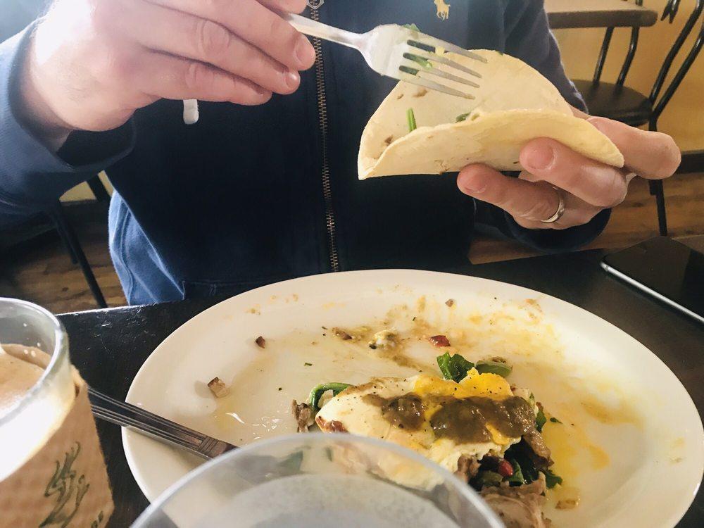 Tune-Up Cafe: 1115 Hickox St, Santa Fe, NM