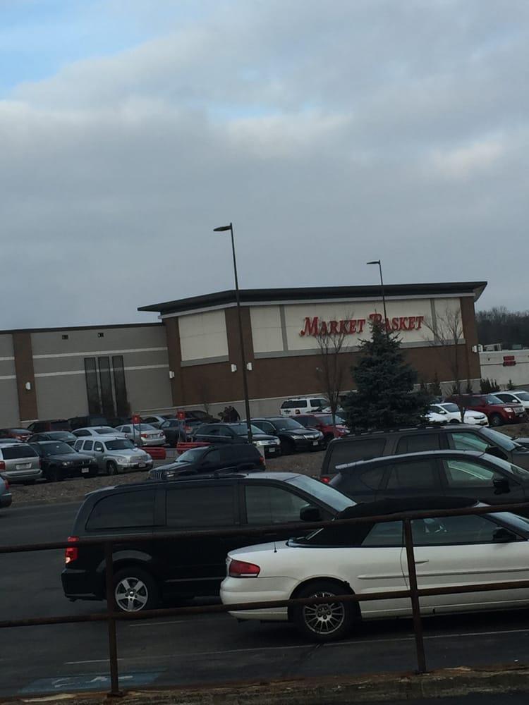 Brockton Market Basket -- Westgate Mall : 200 Westgate Drive