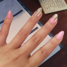 lynn s nails hair spa 40 photos 59 reviews nail salons 15920 ne 8th st bellevue wa. Black Bedroom Furniture Sets. Home Design Ideas