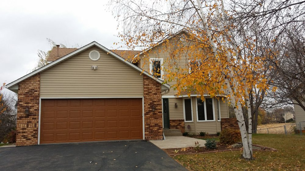 Garage Door Service and Repair: 17001 77th Ave N, Maple Grove, MN
