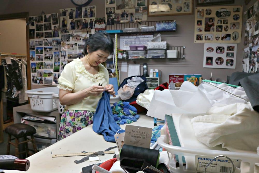 Queen Tailor Shop
