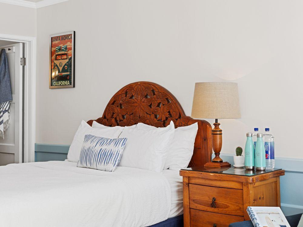 Sea Blue Hotel: 1670 Ocean Ave, Santa Monica, CA