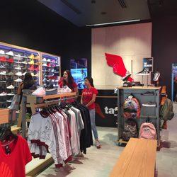 TAF - Shoe Stores - Blvd. Puerta de Hierro 4965 137da2504c025