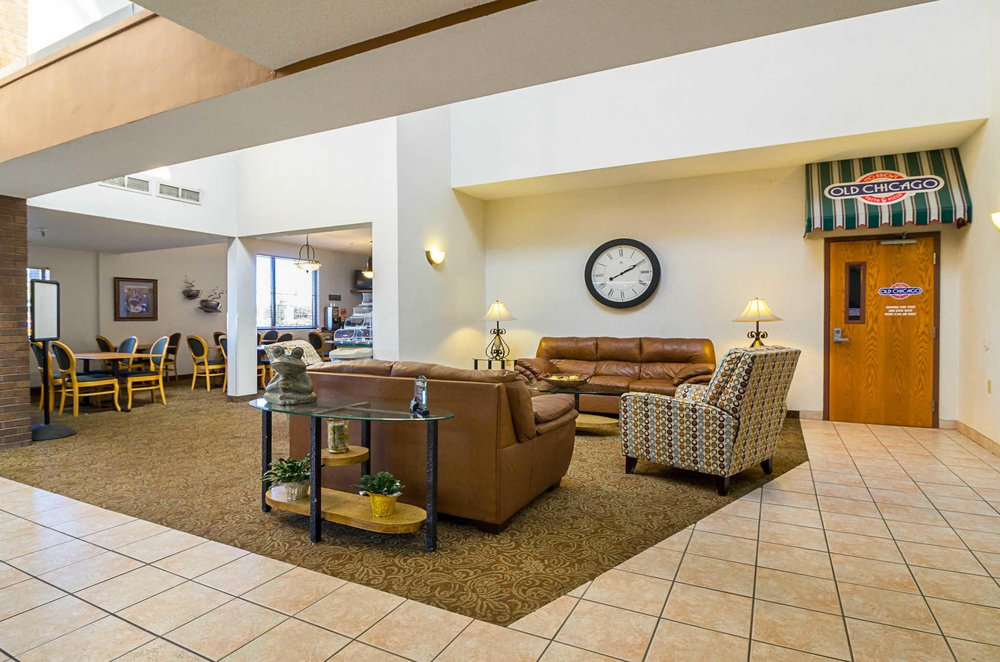 Quality Inn: 4040 2nd St S, Saint Cloud, MN