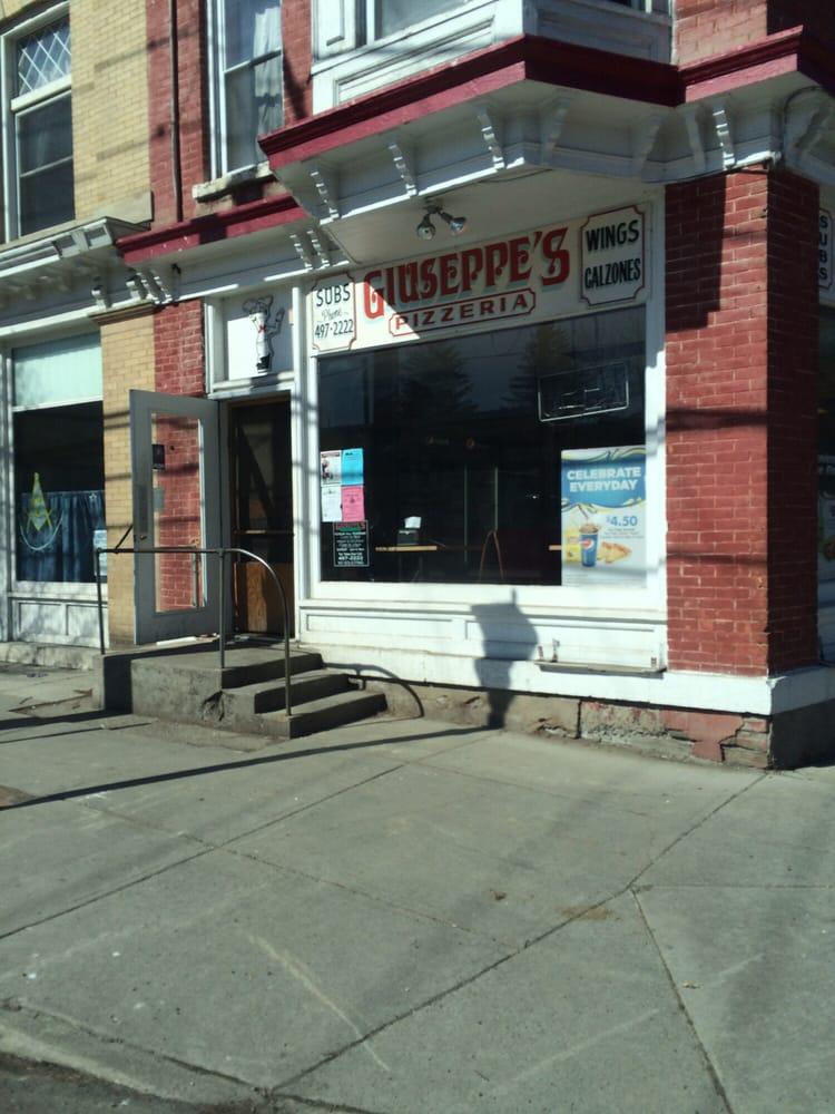 Guiseppe's Pizzeria: 161 Main St, Moravia, NY