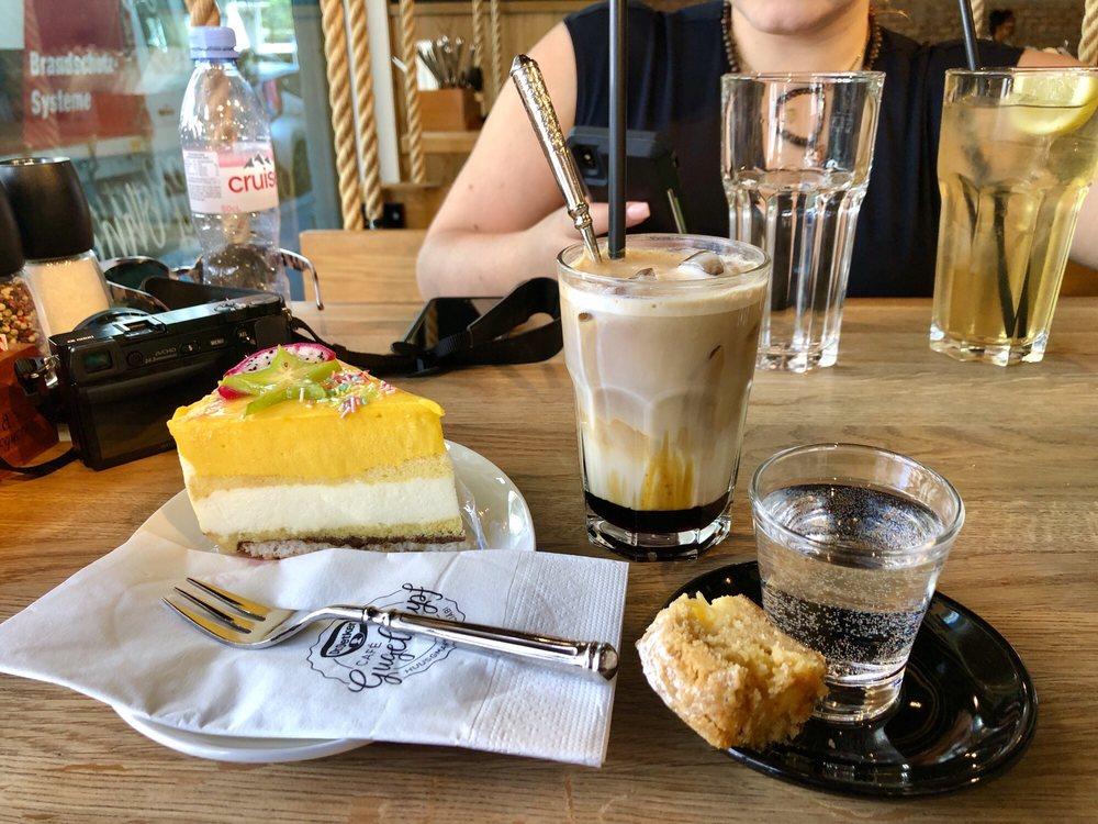 Dr. Oetker Café Gugelhupf: Waldstätterstrasse 6, Luzern, LU