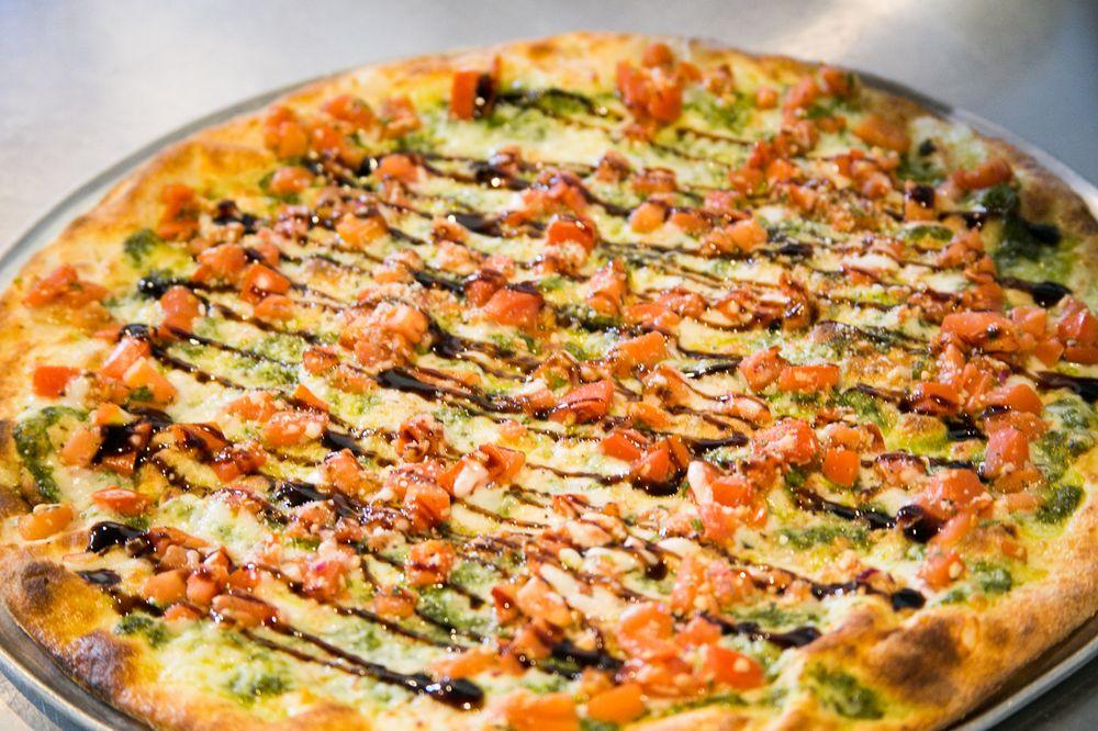 Stone Fired Pizza: 627 Hoffner Ave, Edgewood, FL