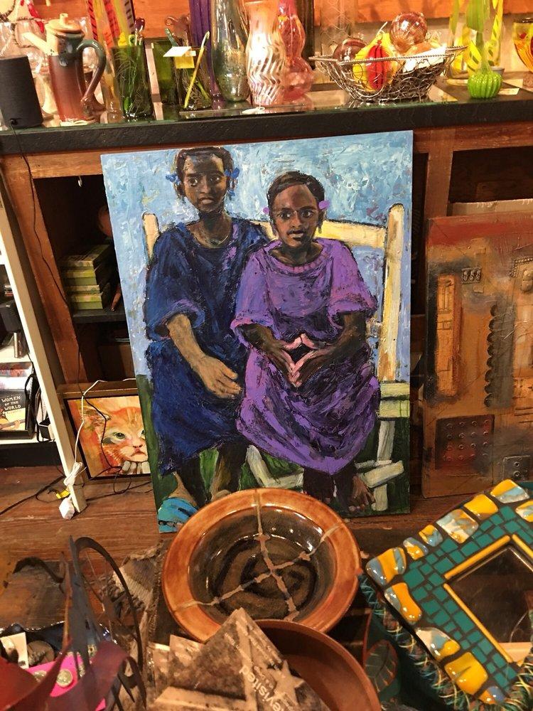 Attic Gallery: 1101 Washington St, Vicksburg, MS
