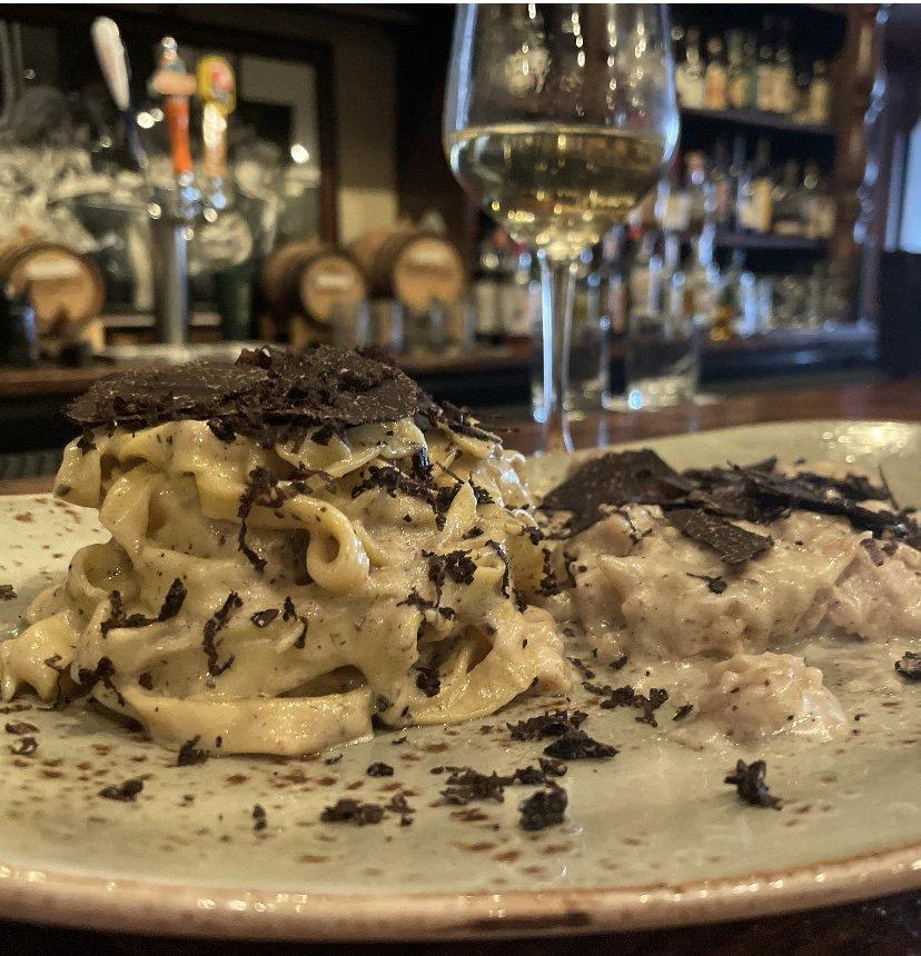 Pomodoro Italian Grill and Seafood: 6710 E Cave Creek Rd, Cave Creek, AZ