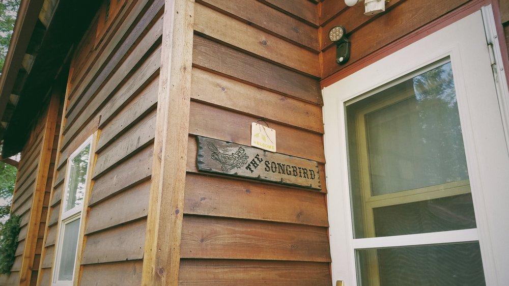 BaseCamp Cottages: 30005 State Rd 706 E, Ashford, WA