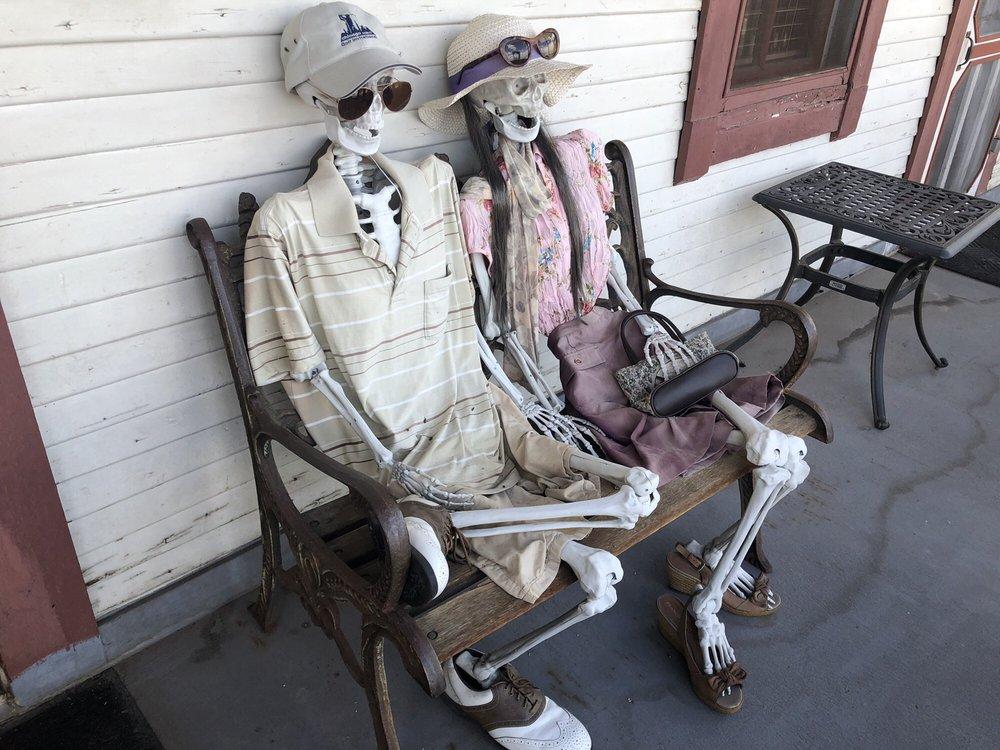 Ghost City Inn: 541 Main St, Jerome, AZ