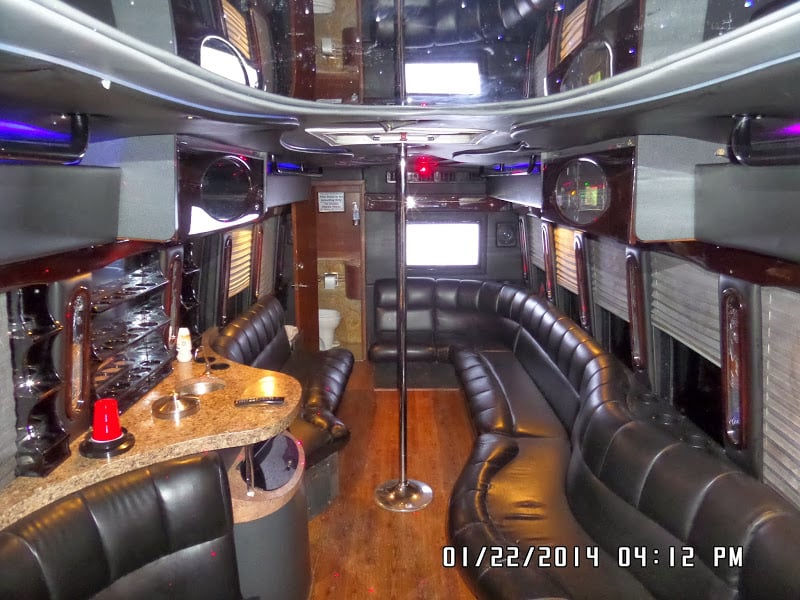 30 passenger party bus with bathroom limos alive yelp for Party bus with bathroom