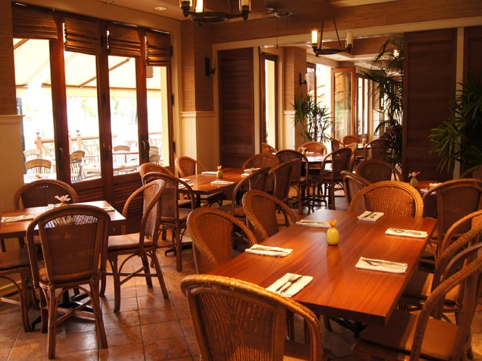 Merveilleux Tommy Bahama Restaurant   Bar   Store   Wailea