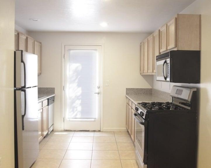 San Simeon Apartments
