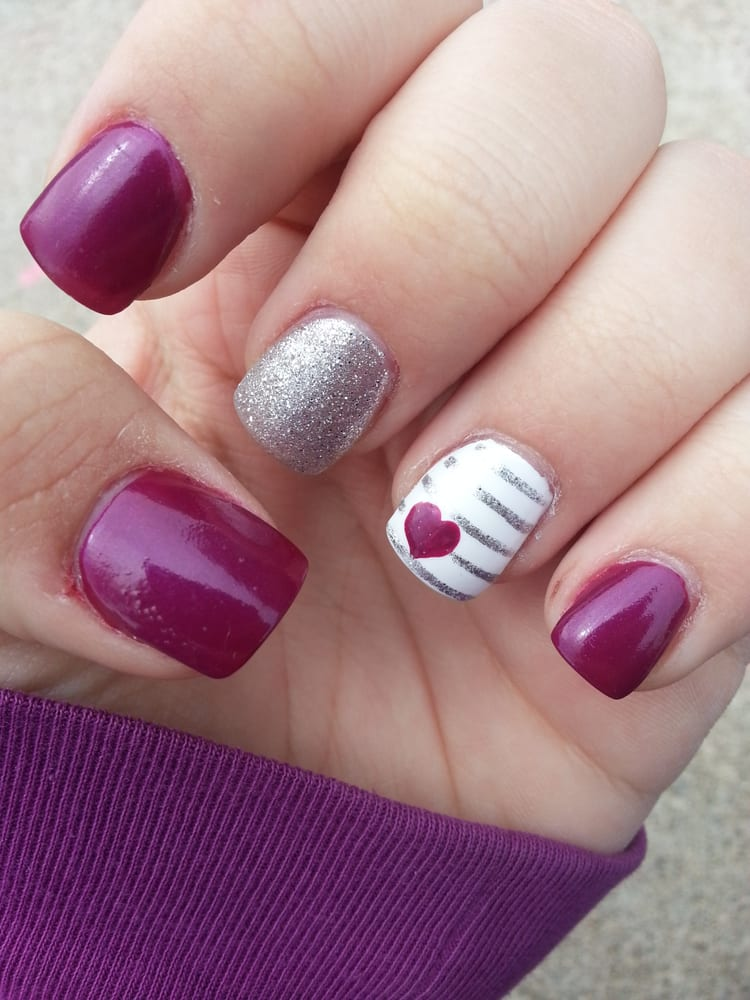 Central Nails: 3003 1st Ave S, Fort Dodge, IA