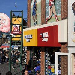 los angeles 74c38 0422d NFL Shop - 73 Photos & 26 Reviews - Sports Wear ...