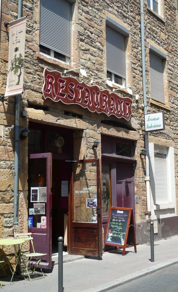 Les coudes sur table french 8 rue jouffroy d 39 abbans - Restaurant vaise tout le monde a table ...