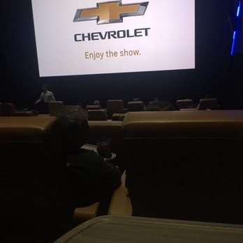 Studio Movie Grill Check Availability 442 Photos 810