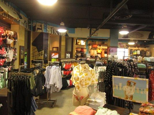 Women's apparel, in San Diego, CA - San Diego, CA Women's