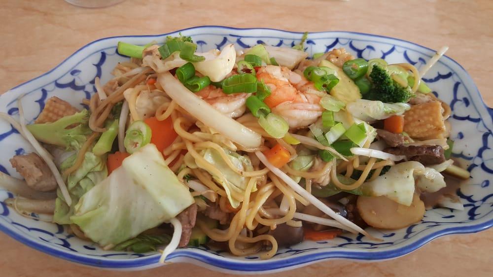 Van Nuys Thai Food
