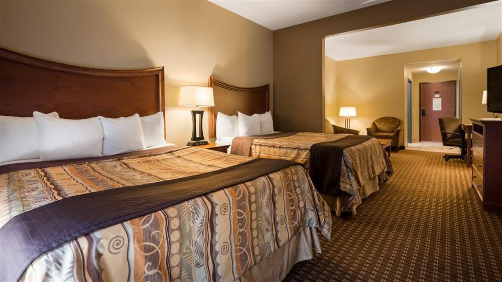 Best Western Plus Grand Island Inn & Suites: 2707 S Locust St, Grand Island, NE