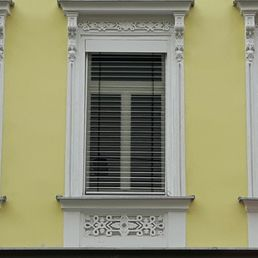 Fenster werk angebot erhalten fenstereinbau for Fenster angebot