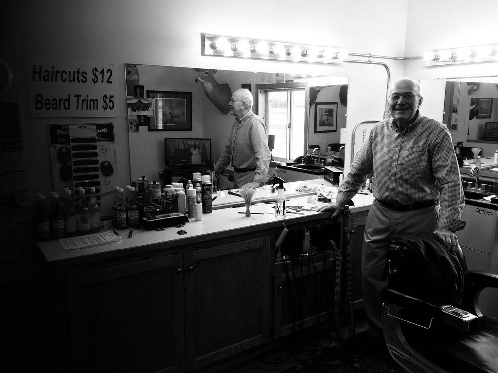 Espe's Barber Shop: 114 Nw 3rd St, Roseau, MN