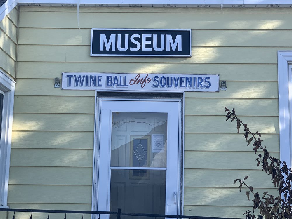World's Largest Ball of Twine: Darwin, MN