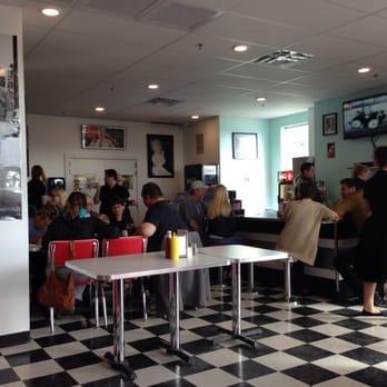 Pink Cadillac Saskatoon >> Pink Cadillacs - 15 Reviews - American (Traditional) - 113-412 Willowgrove Crescent, Saskatoon ...