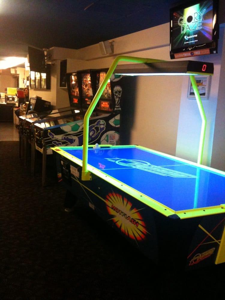 Illini Union Bowling Lanes: 1401 W Green St, Urbana, IL