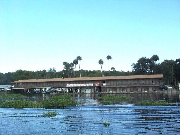 Blair's Jungle Den Fish Camp: 1820 Ormands Jungle Den Rd, Astor, FL