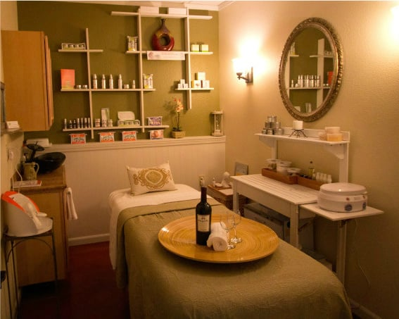 Facial waxing room yelp for Mobile beauty therapist table
