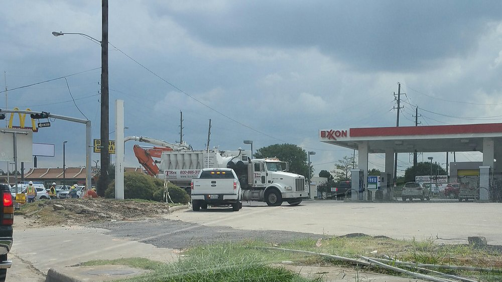 Exxon Tiger Mart - 12 Photos - Gas Stations - 14101 ...
