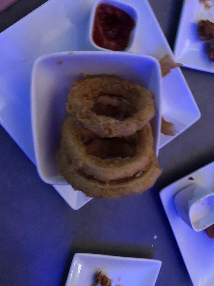 Square Burger: 115 N Kentucky St, McKinney, TX