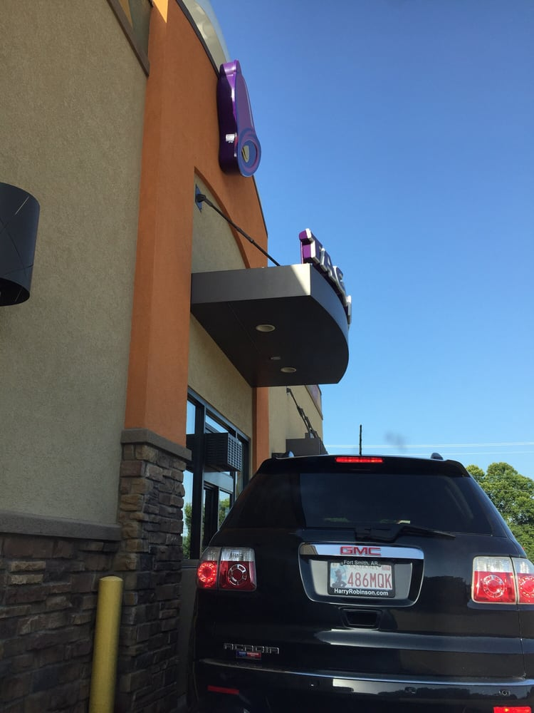 Taco Bell: 4910 Towson, Fort Smith, AR